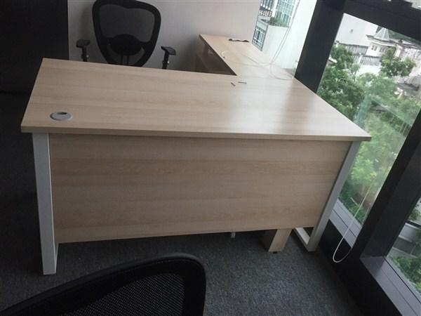 Duy Phát - Địa chỉ thanh lý bàn ghế văn phòng Long Biên giá rẻ - chất lượng
