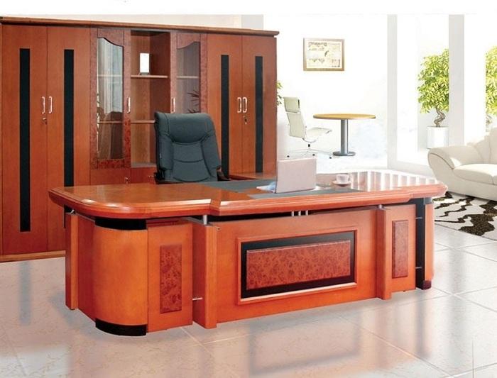 Những mẫu bàn giám đốc mệnh Hỏa sang trọng và đẳng cấp nhất