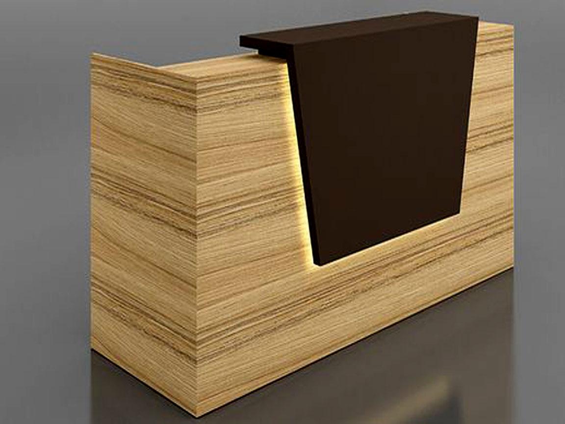 Quầy lễ tân với mặt gỗ lớn trang trọng